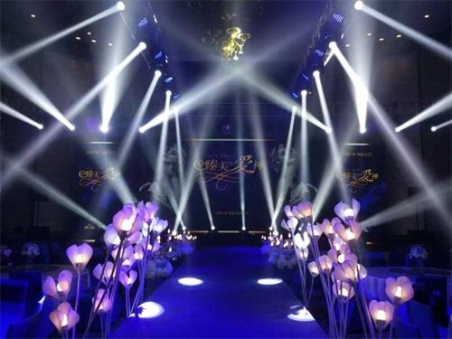 武汉灯光器材租赁之舞台灯光设备类型分析
