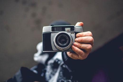 正确认识照相机和摄影的关系